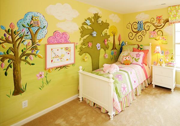 要想在室内用手绘墙的方式来装修的话需要注意2点
