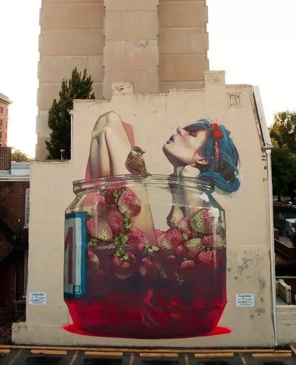 许多地方往往会绘制手绘墙来装饰自己的空间